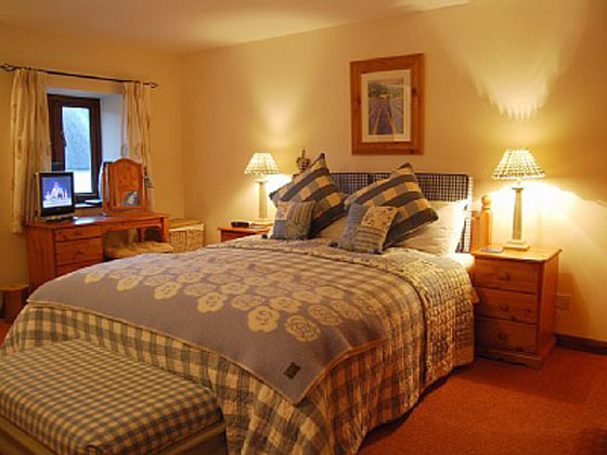 Stunningmesh - Bedroom Interior Decoration