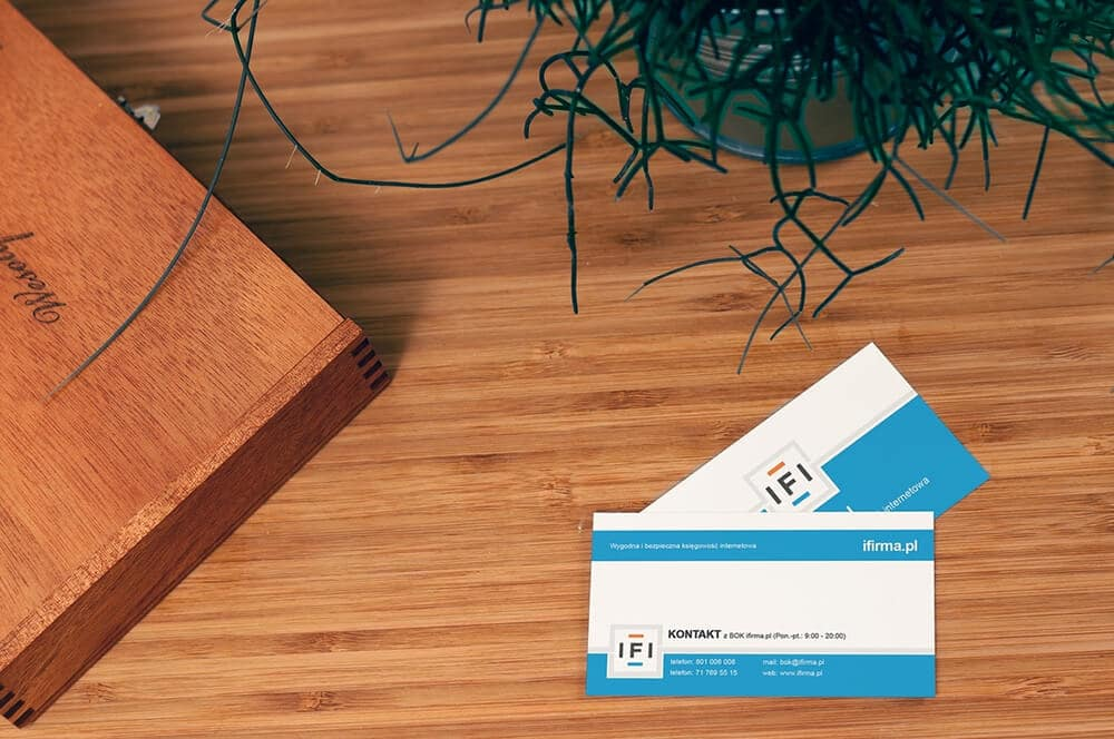 What to Consider When Making a Business Card